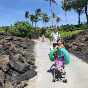 生後4か月の息子を連れ、家族6人でハワイ。事前に準備したことは?