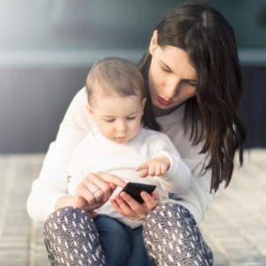 <span>ママの気持ち、ホントのところ</span> 子どもがグズった時に、アプリを使っているママの割合は?【ママの本音のYES&NO】