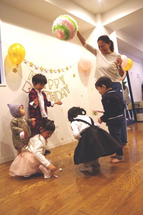 0e47238b90f96 準備は大変な部分も多いですが、子どもと一緒に決めるテーマ選びから始まるパーティーはきっと素敵な思い出になるでしょう。