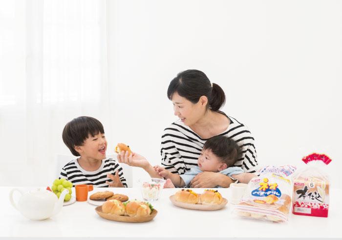 簡単!すぐにできる! ママと一緒に作るパンのおやつ