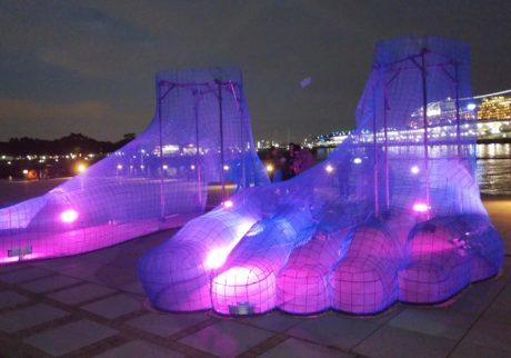 光をテーマにした19の体験型アート作品。「スマートイルミネーション横浜2018」開催中!