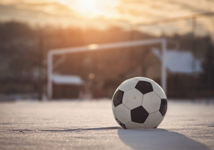 寒い日の親子サッカー観戦は、あえて「部屋」をおすすめする理由【親子でハマったJリーグ】