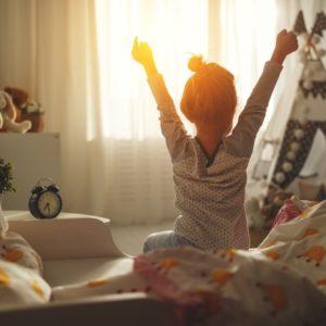 <span>働くママのお悩み100</span> 朝、子どもがなかなか起きられないとき、どうしてる? ママたちの声をご紹介!
