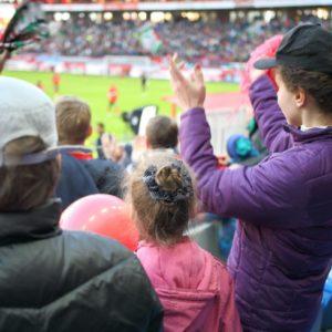 <span>サッカー親子応援記</span> Jリーグ、どのクラブを応援する? お気に入りの見つけ方【親子でハマったJリーグ】