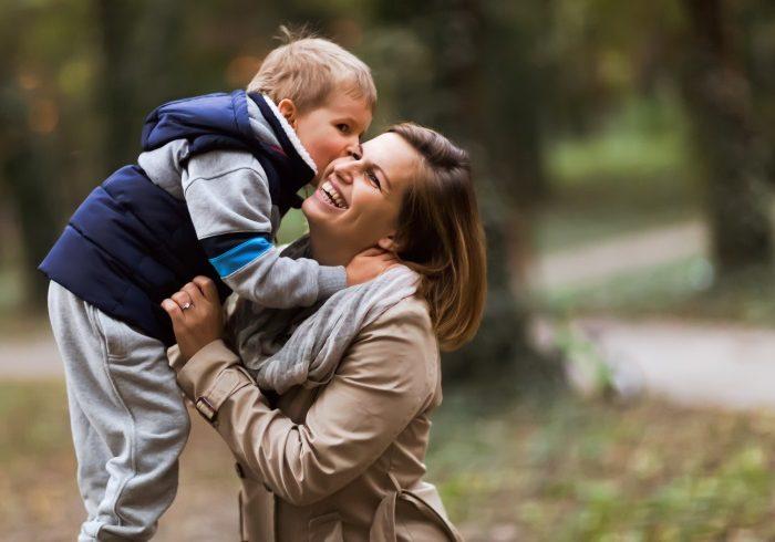 まずはこの言葉で声掛けを。子どもの共感力を高める「マジックワード」【小児科医のぼくが伝えたい 最高の子育て・12】