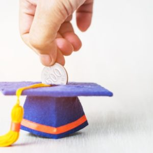 平均で約450万円。大学にかかるお金を、安全で確実に貯める方法