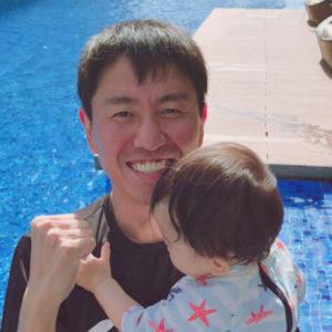 【チュートリアル福田の育児エッセイ・23】泣きたいときは泣いていればいい。これ、間違ってます?