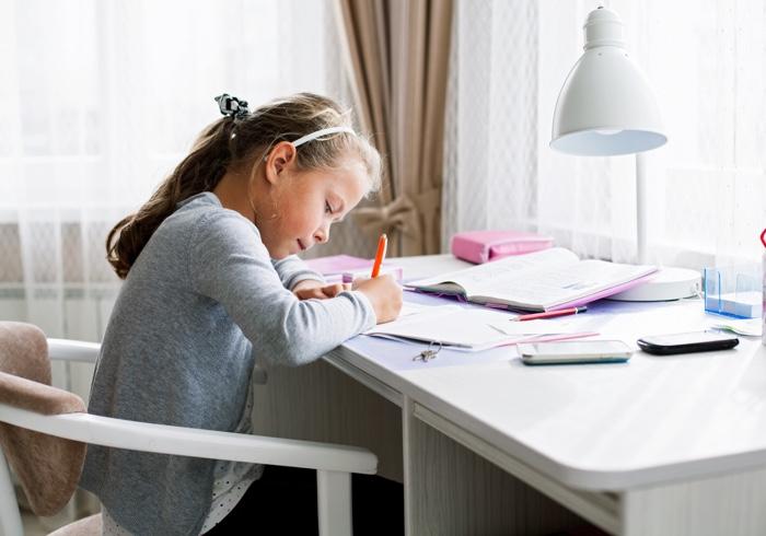 親野智可等さんに聞く! どうやったら子どもが勉強をするようになりますか?(後編)【小学校ってどんなところ?・11】