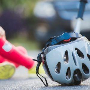 <span>ママのためのカウンセリングルーム・76</span> 娘が自転車で歩行者とぶつかってしまったら?【弁護士・宮地先生に聞きました】
