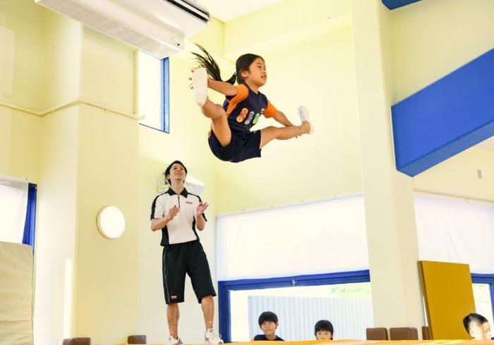 運動が苦手な子でも大丈夫!楽しみながらバランス感覚が鍛えられるスポーツって?
