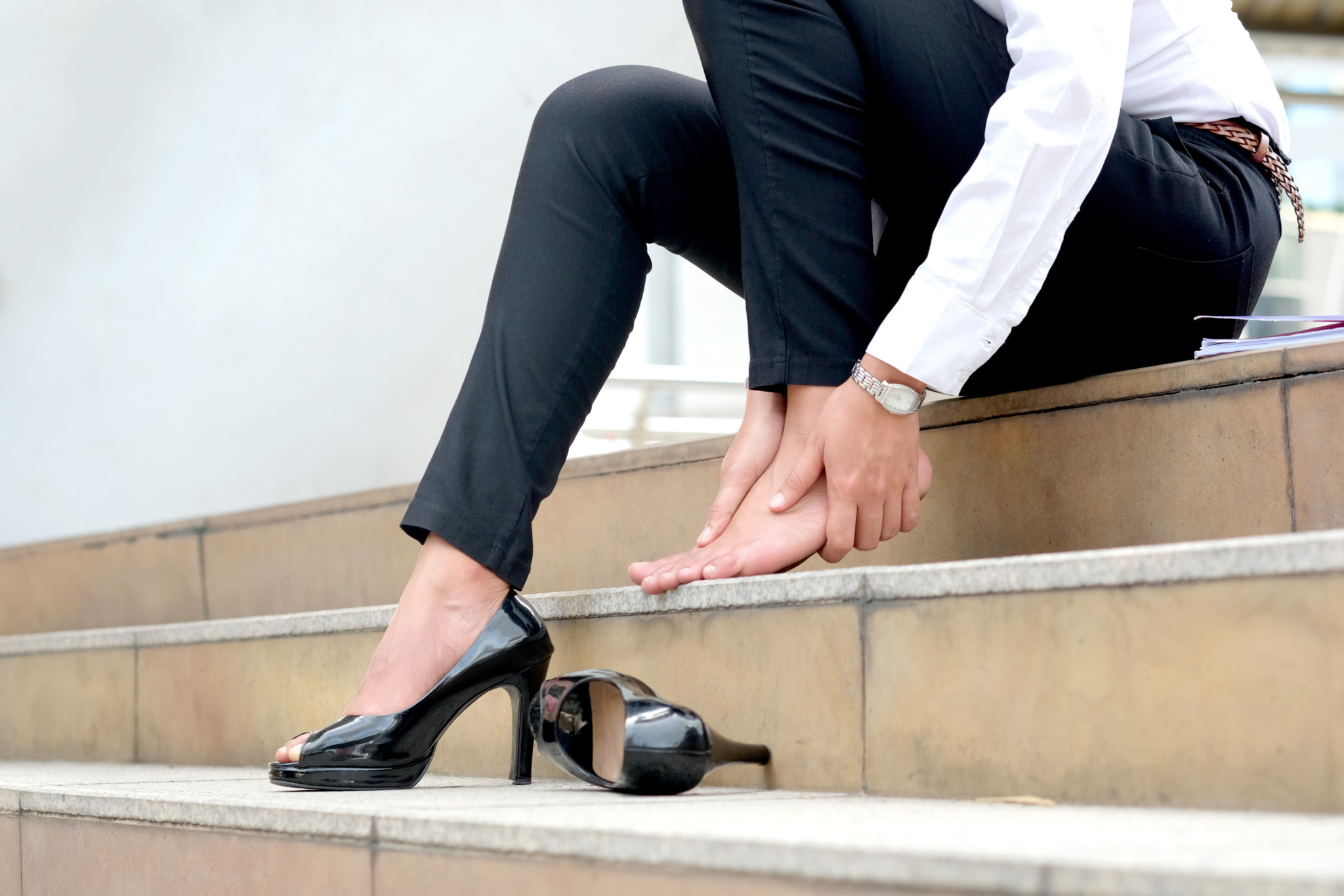 ママにとって避けたほうがいい靴
