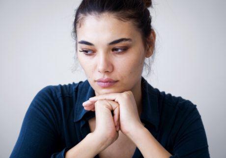 子どもが友達を泣かせてしまい同じクラスのママ友との関係が悪化。どう対応すべき?【弁護士・宮地先生に聞きました】