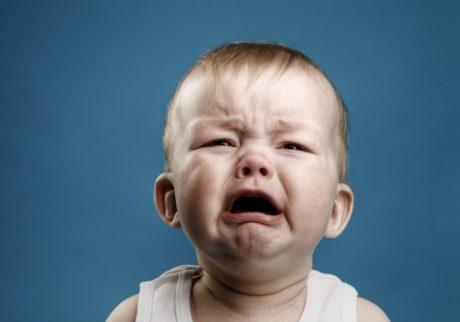 毎朝、泣き叫ぶ子どもを預けて仕事に行くことに罪悪感。どうすれば良い?