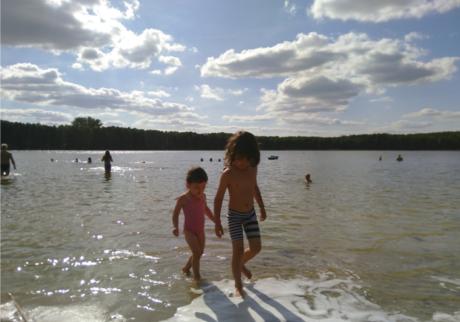 夏のベルリンは本当に最高。夏定番の遊び場「湖」そして親にも人気な「屋外プール」【日登美のオーガニック子育て@ベルリン】