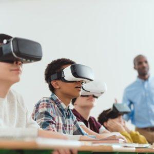 <span>20年後の教育はこうなっている!?</span> これからの子どもたちは何を学んでいくべきか。「教育×テクノロジー」