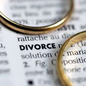 <span>ママのためのカウンセリングルーム・52</span> 離婚を考えています。弁護士にお願いする場合の手順や金額が知りたいです【弁護士・宮地先生に聞きました】
