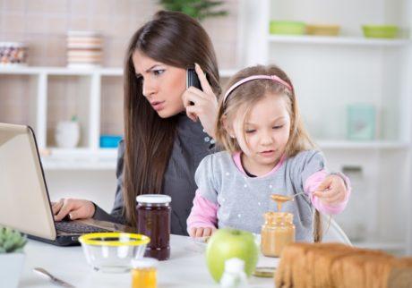 夫に「趣味」を「仕事」として認識してもらえた!?頑張り続けてよかったと思えた瞬間【私=妻+ママ+とんちゃん。】