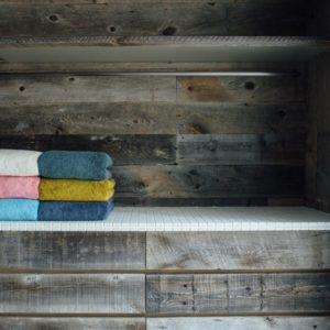 <span>老舗タオルメーカー「藤高」にインタビュー!</span> 子育て世帯におすすめのタオルとふんわりキープ術