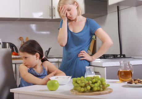朝ごはんを食べない娘をみて悲しくなる!どうすれば良い?【教えて!ケイト先生】