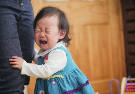 2歳の娘のイヤイヤがひどく、カッとなって叩いてしまうことがあります……