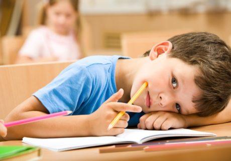 落ち着きのない息子。もし診断名がつけられた場合、学校側は退学の通達を出せるの?【弁護士・宮地先生に聞きました】