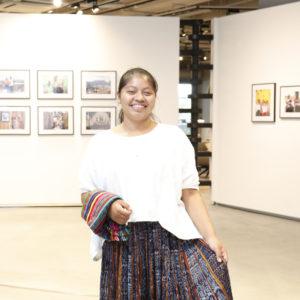<span>グアテマラから来日したエベリンさんにインビュー。</span> 10月11日は国際ガールズ・デー。六本木のギャラリーでグアテマラの写真展も開催。