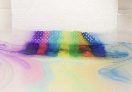 【おうちで簡単工作あそび!】vol.1 カラーペンの色みず実験