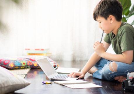 コロナ休校で自宅学習、やる気にさせるコツは?【気になる!教育ニュース】