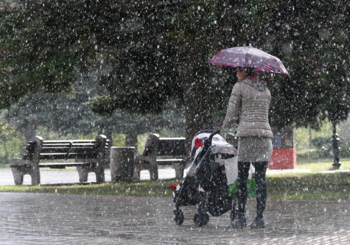 雨の日もお出かけを楽しもう♪ 雨の日のベビーカー対策