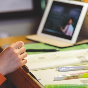 大人気! 教育系YouTuberは、教育の多様化へ扉を開くか【気になる!  教育ニュース】