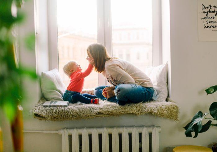 語りかけ育児は必要?メリットやおすすめの本をご紹介