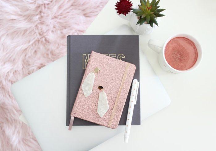 1歳からも育児日記はつけるべき?おすすめの日記帳もご紹介