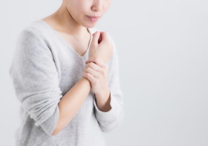 痛みで育児ができない!腱鞘炎が酷くなる前に知りたい予防法