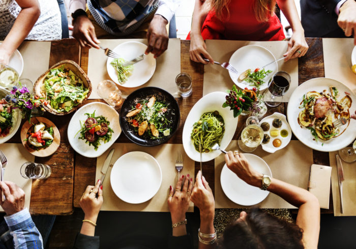 これを知れば大丈夫!子連れで外食を楽しむ3つの方法