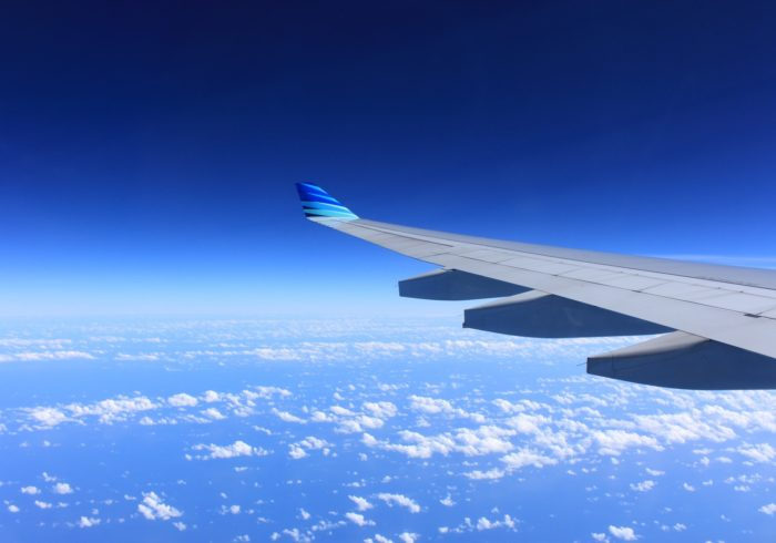 妊婦はいつまで飛行機に乗れる?安全に乗るための「5つの注意点」