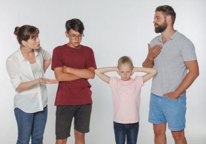 離婚を決意したら考えるべきは子供の問題!必要な手続きとは