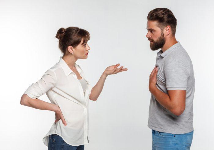 もう限界!離婚の前に検討すべき「家庭内別居」のメリットや成功方法