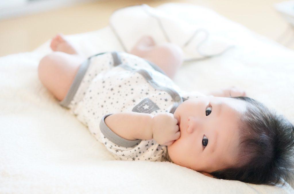 新生児 泣き 止ま ない 放置
