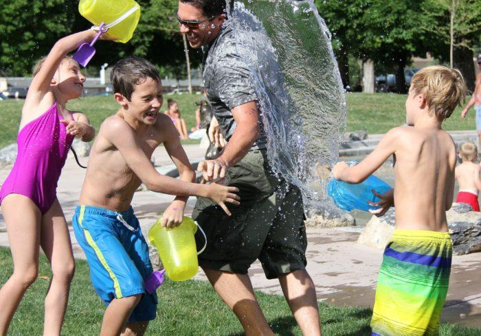 親子遊びはどんなのがある?室内外の遊びを年齢ごとに紹介