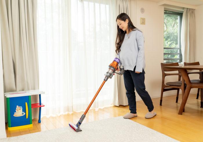 ママが今一番買いたい家電1位は「掃除機」編集部厳選!ママにおすすめしたいコードレス掃除機