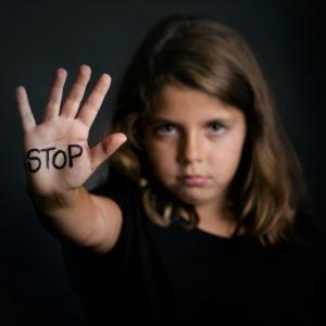 いじめ認知件数、過去最多 一人で悩まずSNSで相談を【気になる!  教育ニュース】
