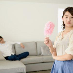 共働きなのに夫が家事をしない!うまく家事を分担するコツはある?