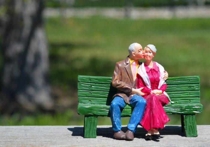 夫婦生活はいつまで続ける?妊娠中の乗り切り方や断り方を紹介