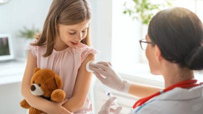 注射を嫌がる子供、どうやって病院に連れて行く?注射嫌いを治すには?