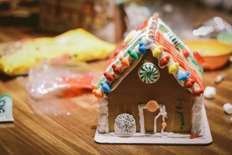 クリスマス前から準備する手作りケーキ