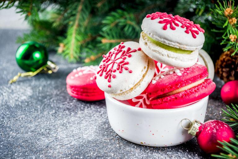 ノスタルジックな雪の結晶デザインのクリスマス限定スイーツ