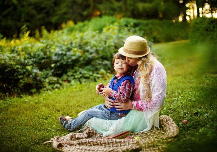 シングルマザーの家庭で一人っ子はどう育つ?子育てのポイントは?