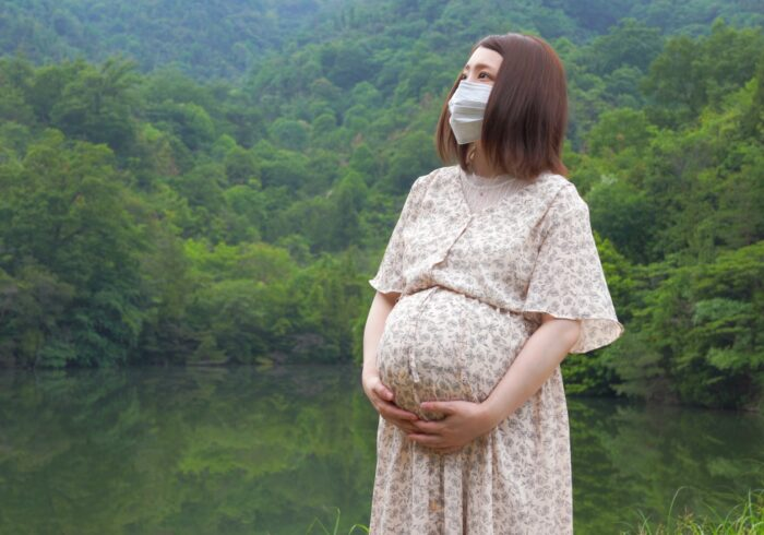 コロナ禍での里帰り出産は大変?心配ごとや対策をチェック