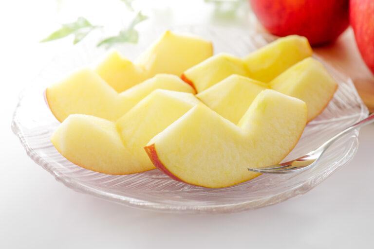 きれいにカットされたりんご