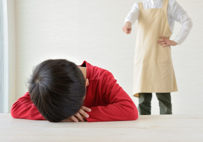 子供が仮病を使う理由。親がしてはいけないこと&できること